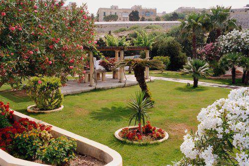 Malta Wedding Planner Rosemarie Lavish Gardens Harbour Views (12)
